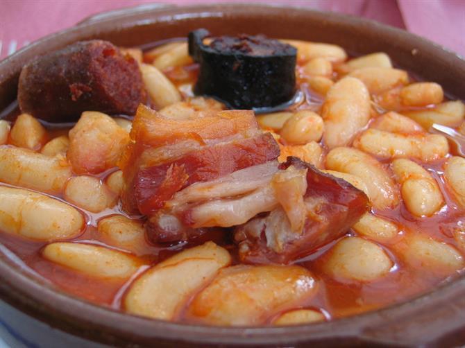 2. Fabada Asturiana